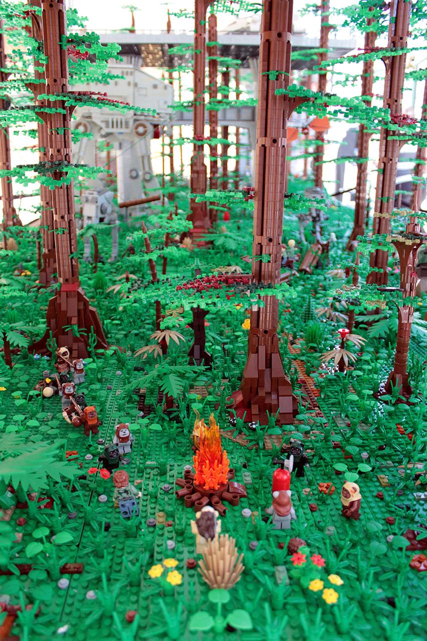 lego-ewok-endor